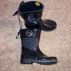 Michael Kors boots girls